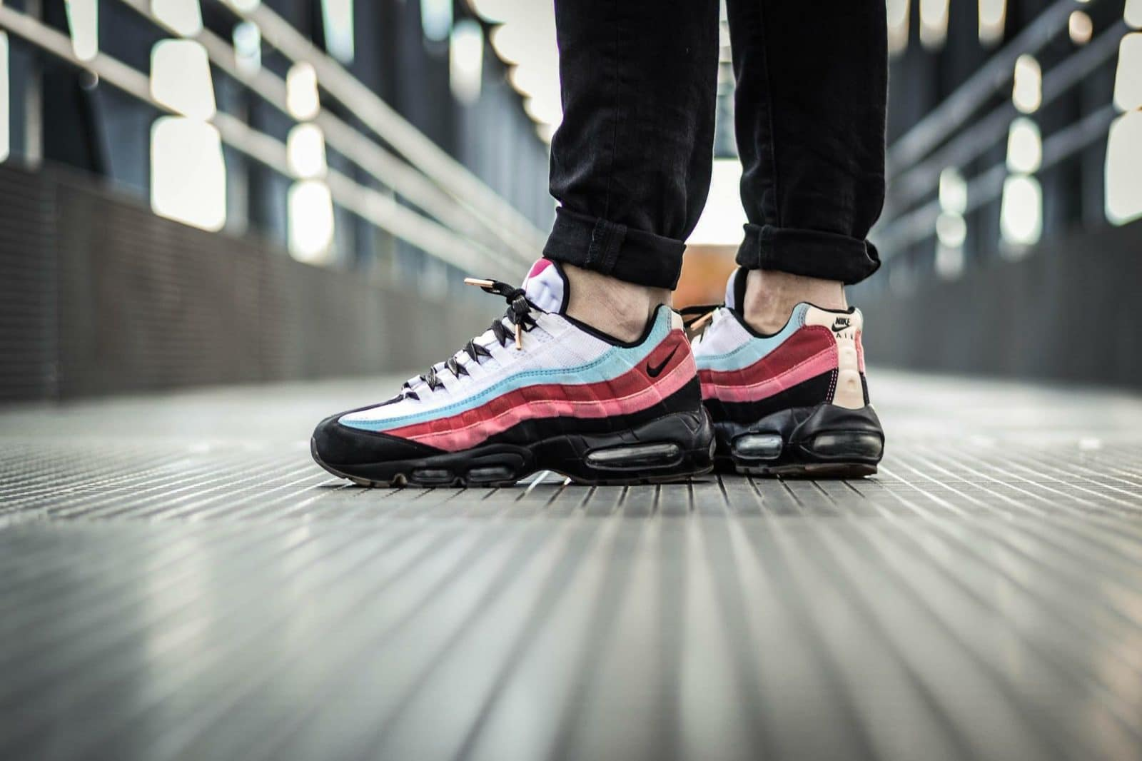 lacets plats noirs embouts or - Pinroll lacets baskets et sneakers - Nike Air Max 95