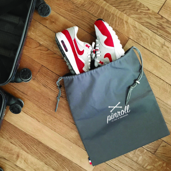 Pinroll sac à sneakers baskets - gris avec cordon de fermeture -Nike Air Max One Red - voyage transport valise