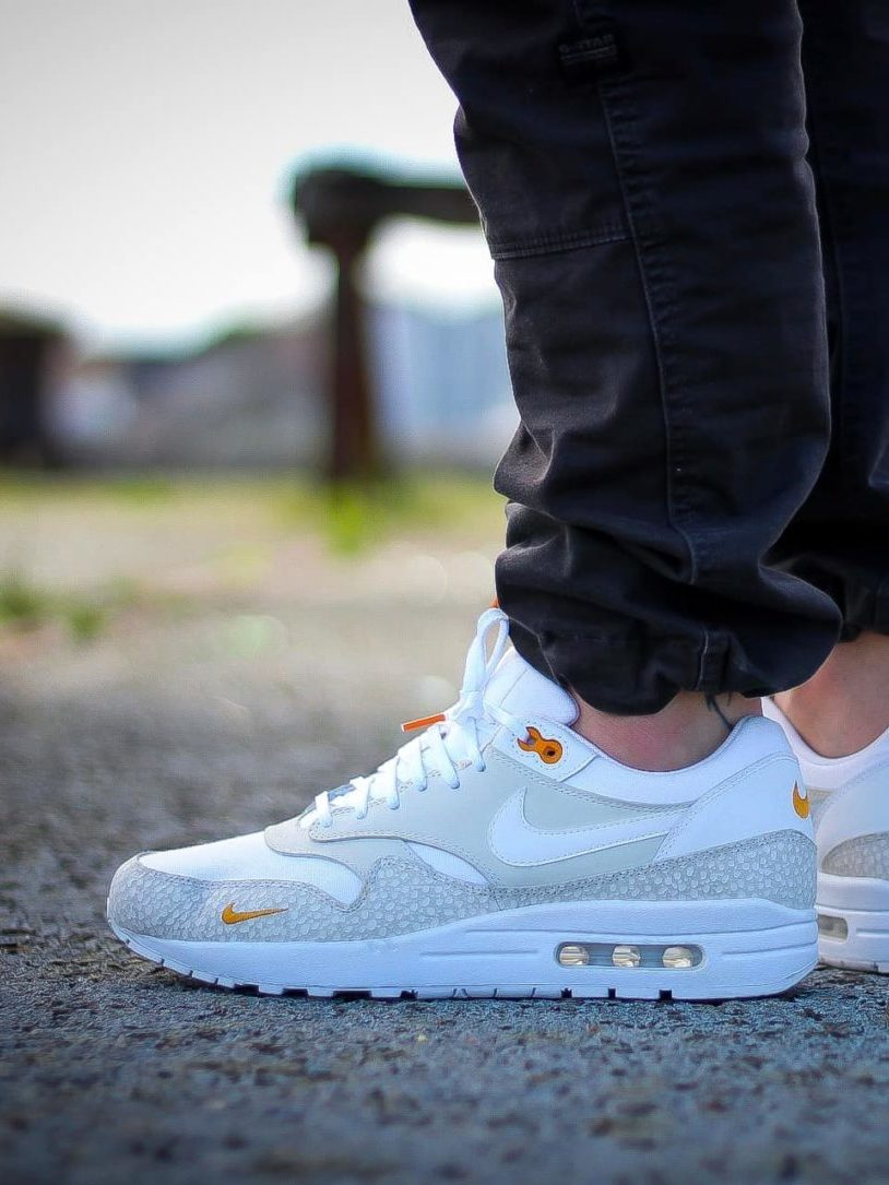 Pinroll lacets plats blancs embouts orange Jeremyy_ctr Nike Air Max One